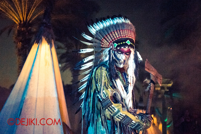 Halloween Horror Nights 4 - Canyon of the Cursed scare zone - Spirit Chieftain