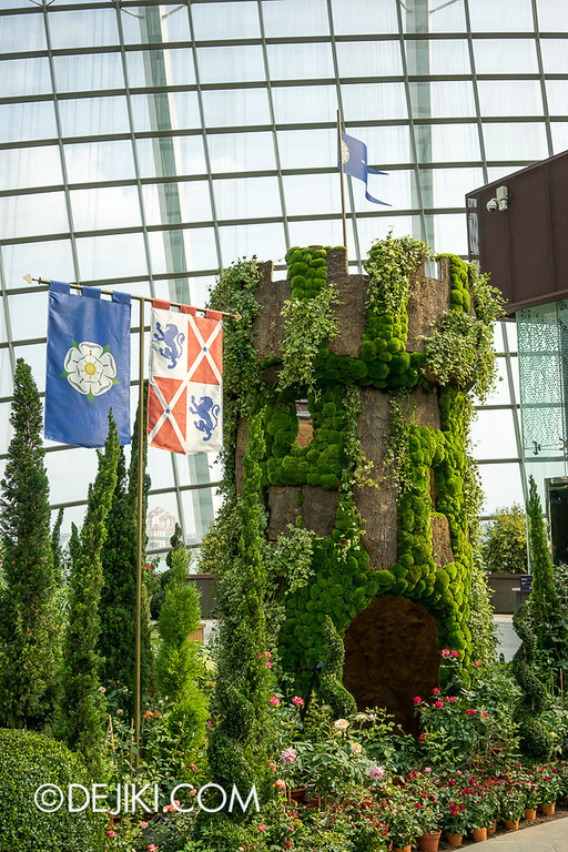 Gardens by the Bay - War of the Roses / Tower 2
