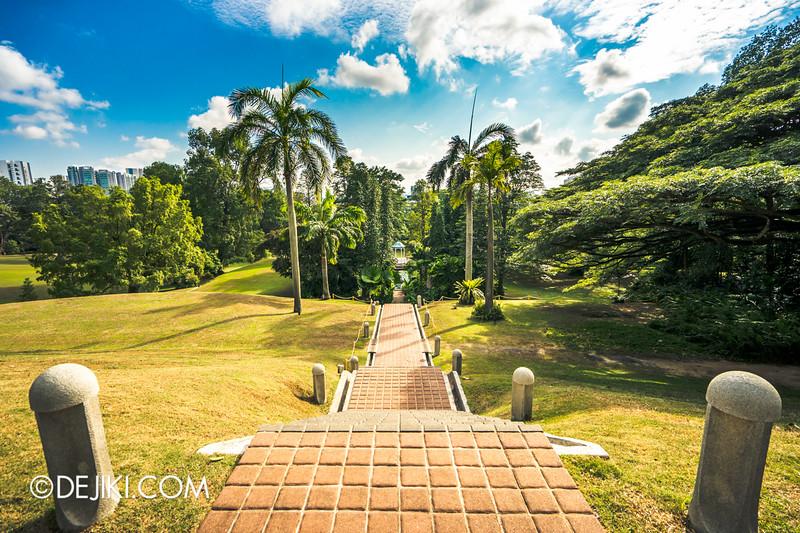 The Istana, Singapore - Road to Victoria Pond