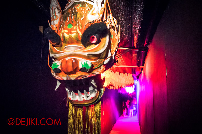 Sentosa Spooktacular 2014 - COUNTDOWN Haunted House / dragon puppet 1