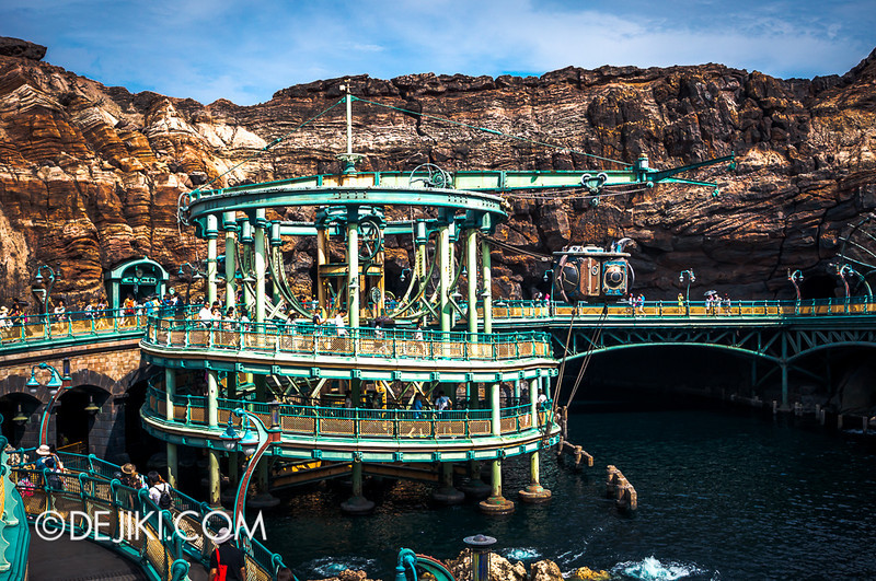 Mysterious Island - Spiral Walkway to 20,000 Leagues