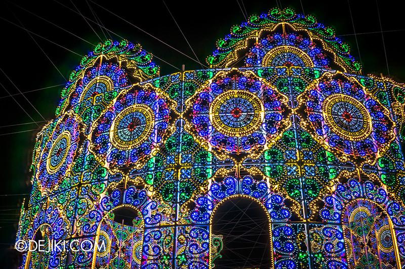 Gardens by the Bay - Winter Wonderland 2014 - Luminaries - The Spalliera