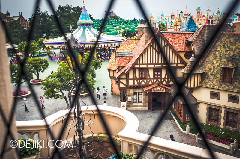 Cinderella's Fairy Tale Hall - Window to Fantasyland