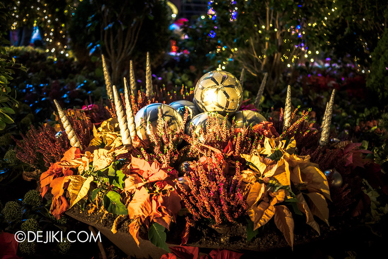 Gardens by the Bay - Yuletide in the Flower Dome at night - Baubles