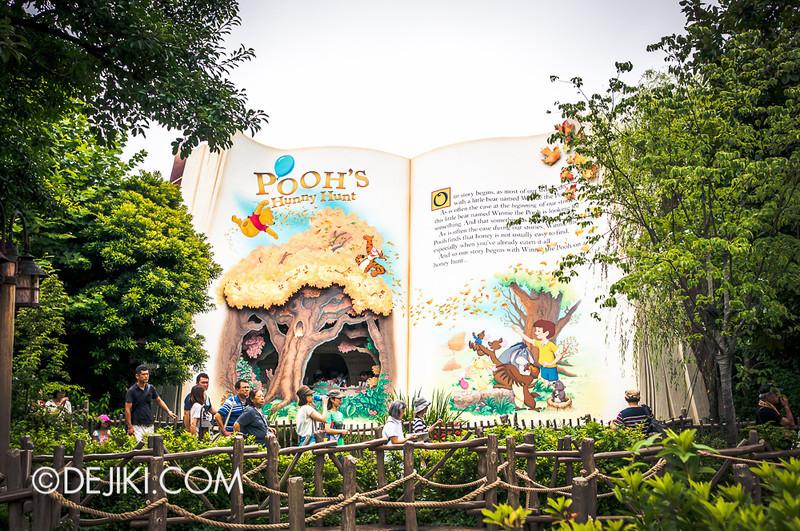 Tokyo Disneyland - Pooh's Hunny Hunt: The Book