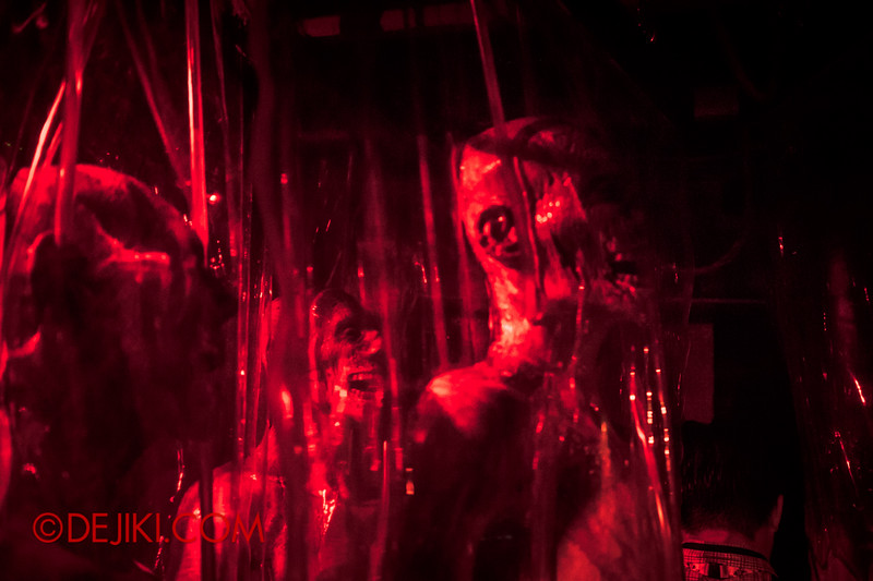 Halloween Horror Nights 4 - The L.A.B Laboratory of Alien Breeding - Specimens 5