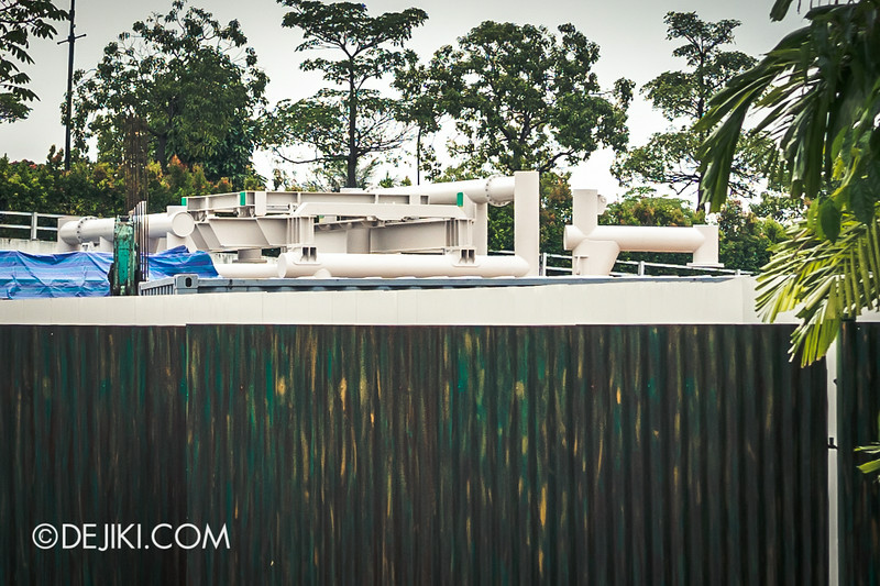 Universal Studios Singapore - Park Update July 2014 - New Attraction at Far Far Away Extension / Suspended Family Coaster 2