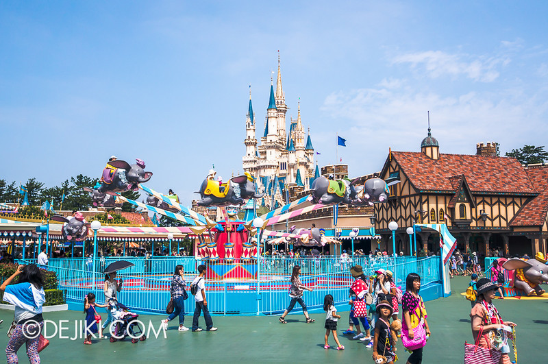 Around Fantasyland 3 / Dumbo