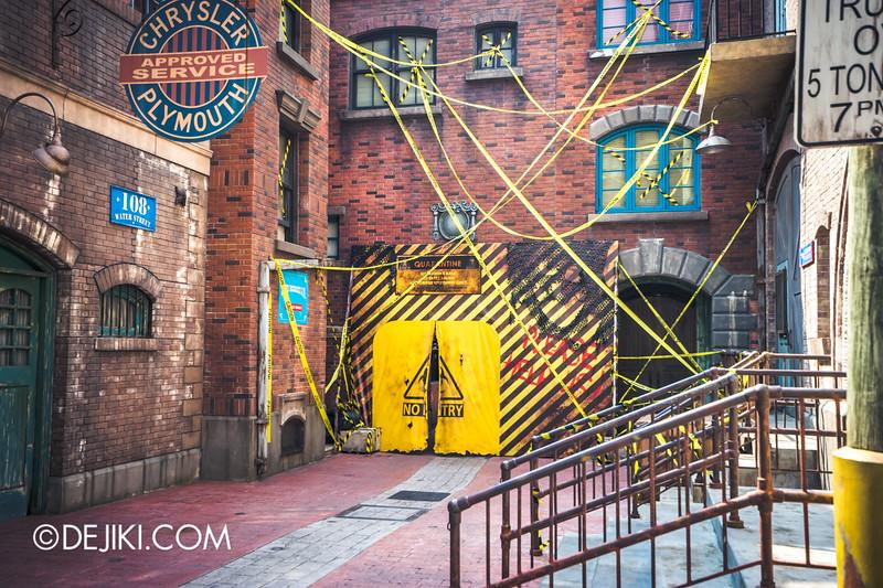 Universal Studios Singapore - Halloween Horror Nights 5 Before Dark Day Photo Report 1 - ConTERMINATED scare zone, entering