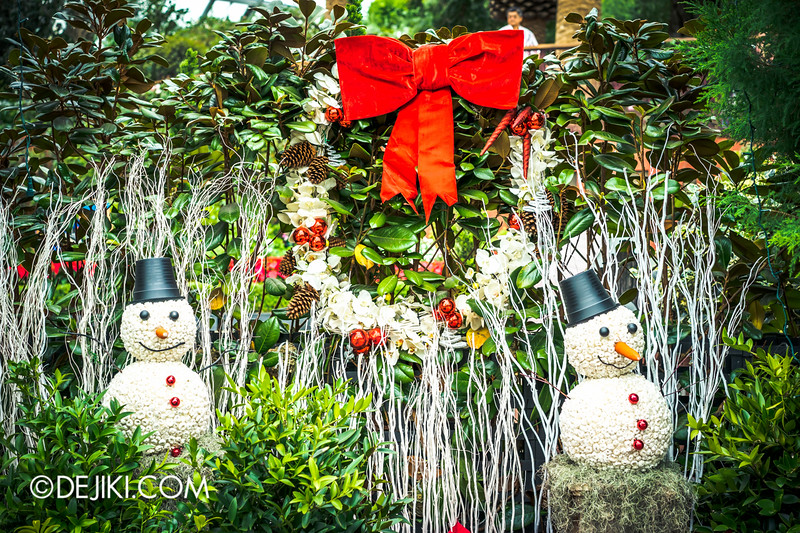 Gardens by the Bay - Yuletide in the Flower Dome - Snowman, Christmas setup 1