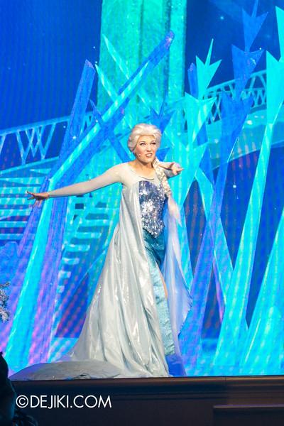 Hong Kong Disneyland - Frozen Village / Frozen Festival Show / Elsa 2