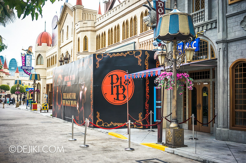 Universal Studios Singapore - Park Update August 2014 - Puss in Boots' The Dance Off for the Magic Beans 1