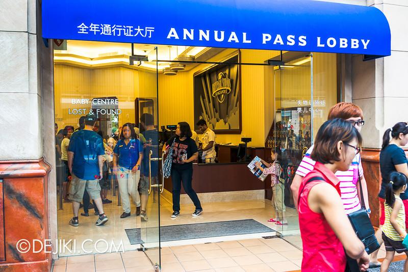 Universal Studios Singapore - Annual Pass Lobby