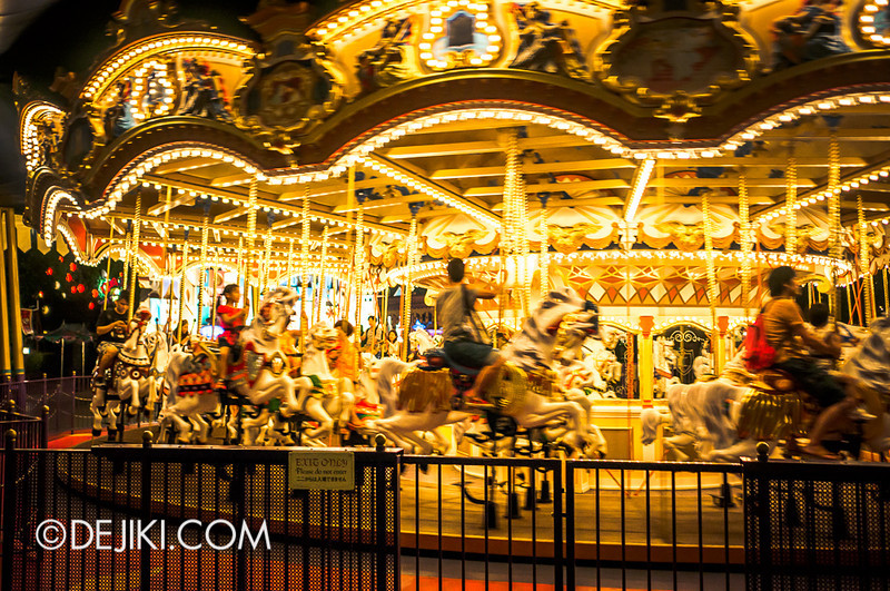 Fantasyland at night - Castle Carousel