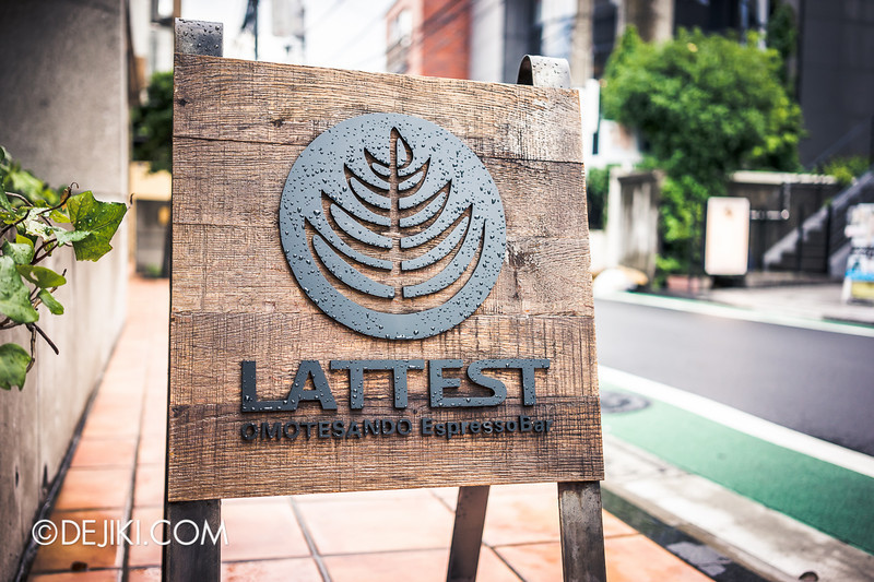 LATTEST OMOTESANDO Espresso Bar 18 - Street Sign