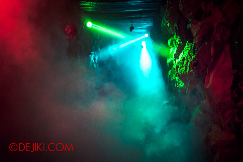 Downtown East - Escape to 'Hell'oween - The Terror Maze Haunted House 2 / The corridor of terror