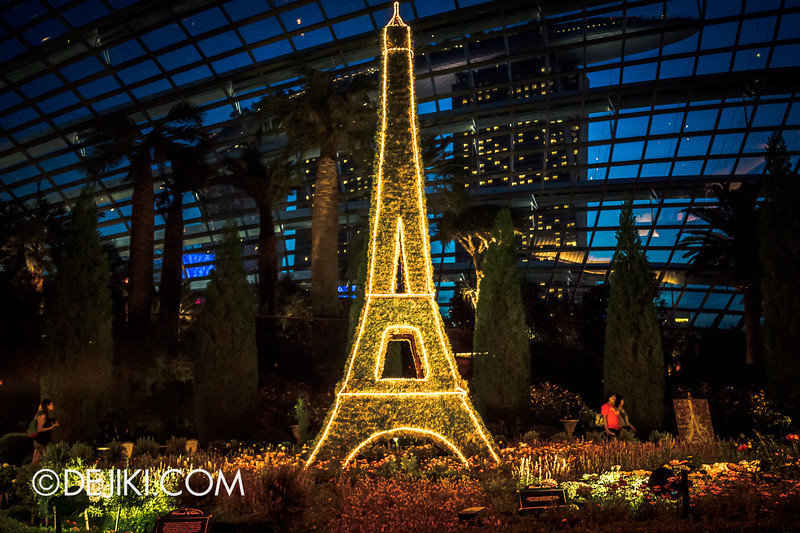 Gardens by the Bay - French Faire 26 / Eiffel Tower Night