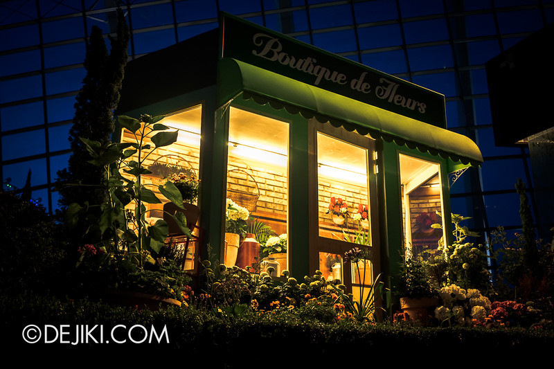Gardens by the Bay - French Faire 29 / Boutique at Night