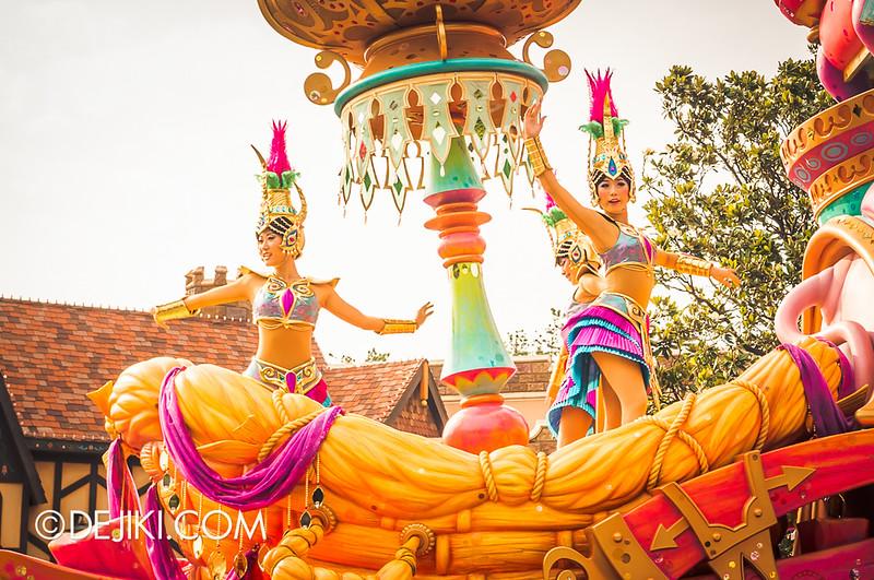 Tokyo Disneyland - Happiness is Here Parade 18 / Aladdin, Jasmine, Abu