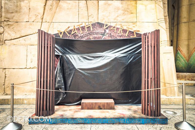Universal Studios Singapore - Halloween Horror Nights 5 Before Dark Day Photo Report 3 - BEAST CLUB / Death Darts booth