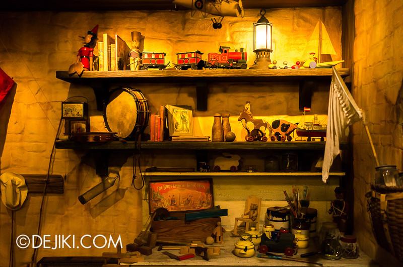 Tokyo Disneyland - Pooh's Hunny Hunt: Rabbit's House 4