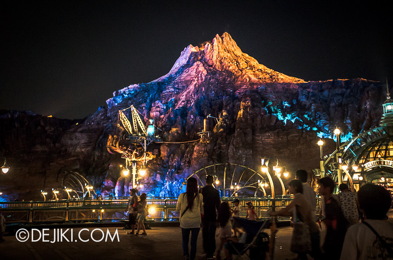 Mysterious Island - Night 11 / Mount Prometheus