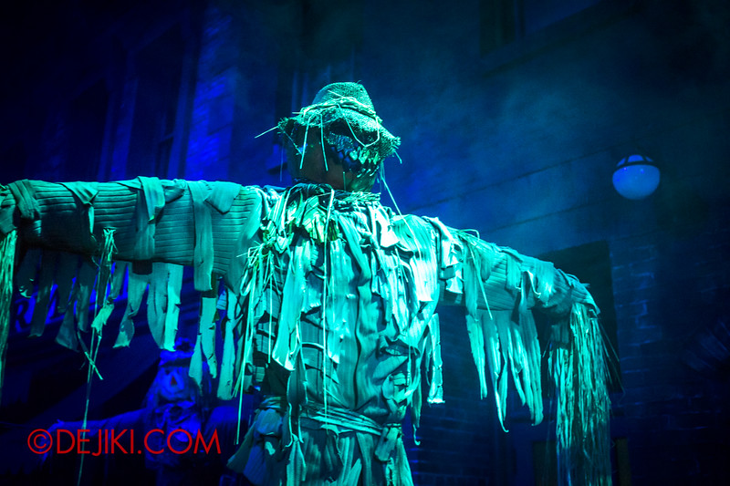 Halloween Horror Nights 4 - Bogeyman scare zone - Scarecrow of Evil