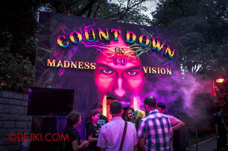 Sentosa Spooktacular 2014 - Entrance to COUNTDOWN haunted house