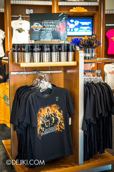 Universal Studios Singapore - Park Update August 2014 - Minister of Evil invades the Universal Studios Store / T-shirts
