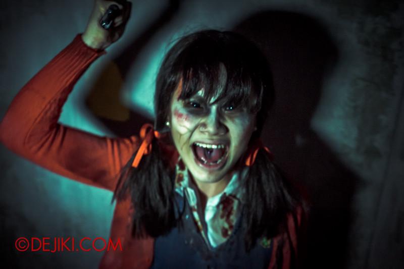 Halloween Horror Nights 4 - Jing's Revenge haunted house - Jing's madness